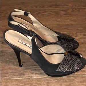 Authentic Oscar De La Renta Heels. Size 36.